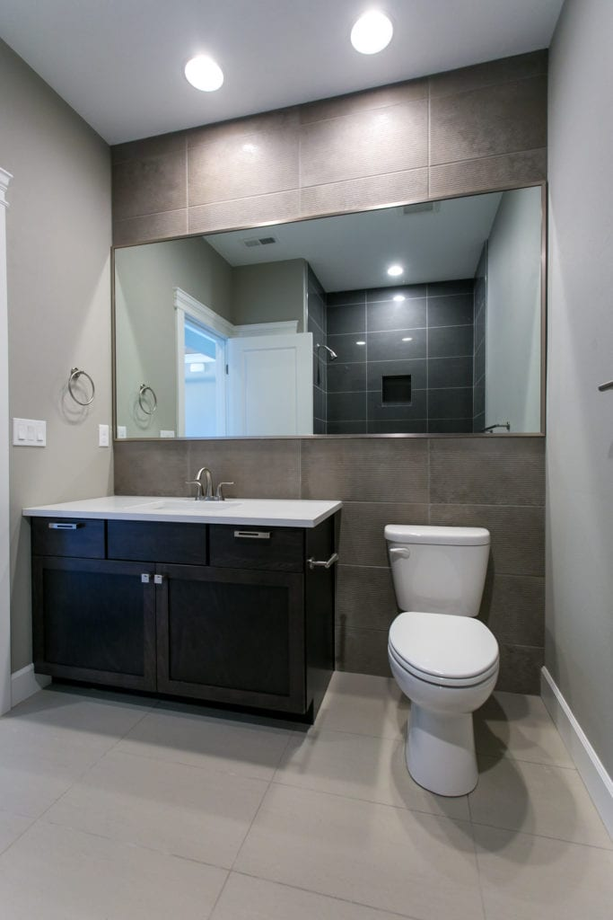 Modern style bathroom in West Vineyard neighborhood in Richland, Washington. Prodigy Homes, Inc. is building new construction homes in the Tri-Cities, Washington.
