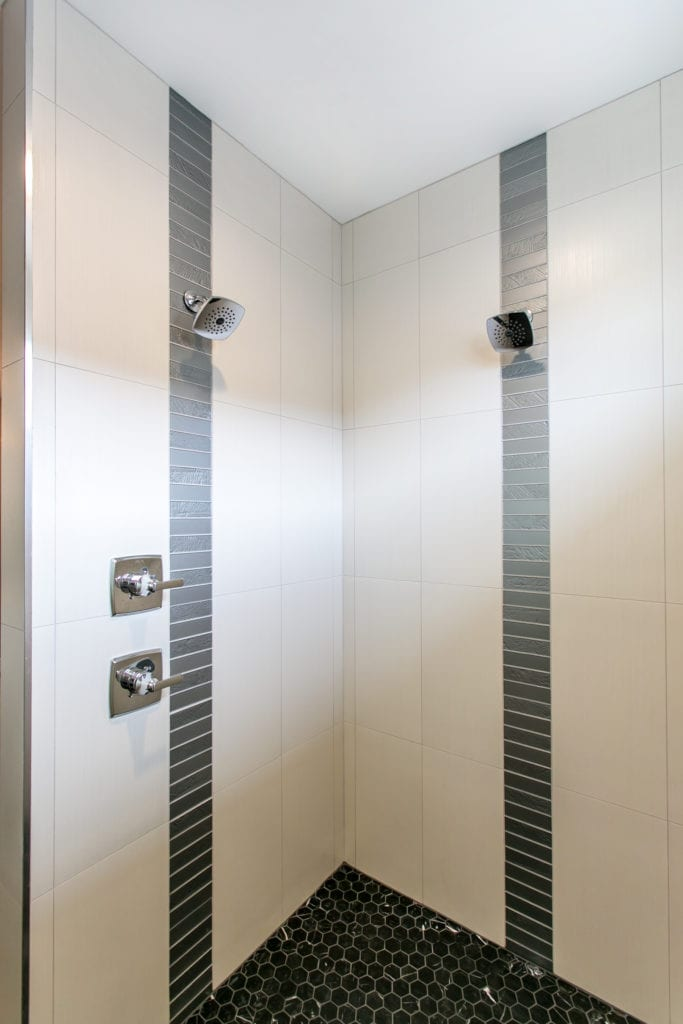 Modern style shower in Westcliffe neighborhood in Richland, Washington. Prodigy Homes, Inc. is building new construction homes in Kennewick, Richland, West Richland, and Pasco, Washington.