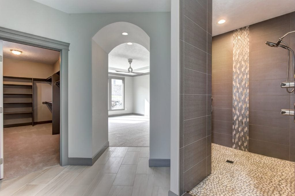 Open shower in a master bath built in Inspiration Estates neighborhood in Kennewick. Prodigy Homes, Inc. is building new construction homes in the Tri-Cities, Washington.